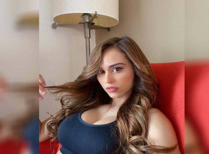 Sus seguidores dejaron halagadores y traviesos comentarios,pues quedaron totalmente fascinados con los encantos que posee Yanet García.