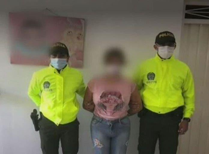 Durante un cateo en un domicilio encontraron la evidencia que probaba lo delitos que la mujer cometía en contra de sus propias hijas, ambas menores de 15 años.