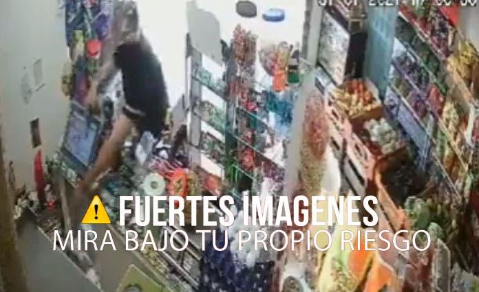 Por medio de las redes sociales circula la grabación de una cámara de seguridad de una tienda ubicada en Valle de los Cedros.