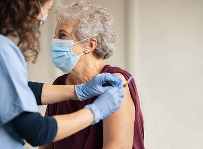 portada-recibir-vacuna-anticovid