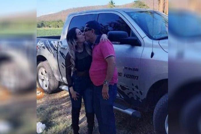Ella es Zuleika la novia de Sammy, comediante que trabajó con Derbez