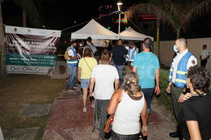 Cancún: Detectan a cuatro personas con Covid-19 en la zona hotelera