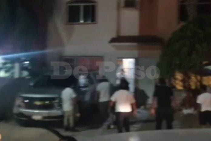 Hombre es apuñalado en fraccionamiento de Cancún