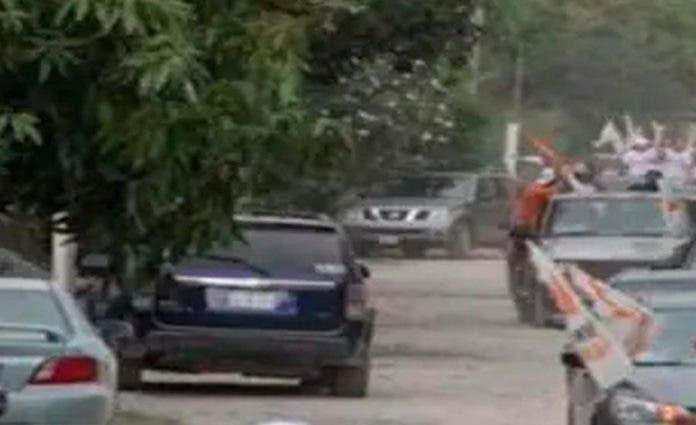 Joven acude a mitin político y muere arrollada por la camioneta del partido