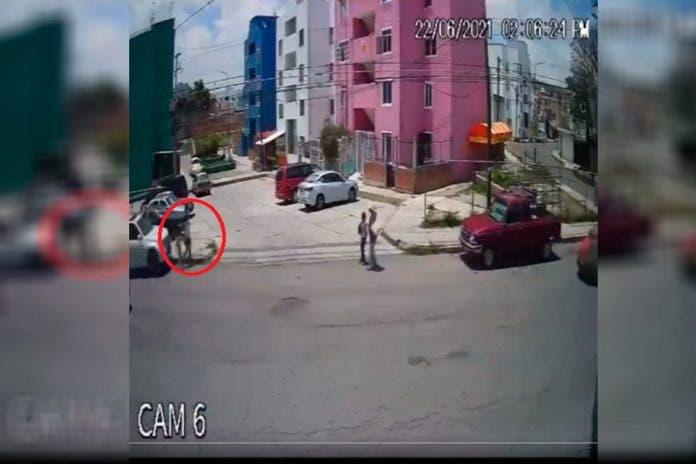 conductor mata niños