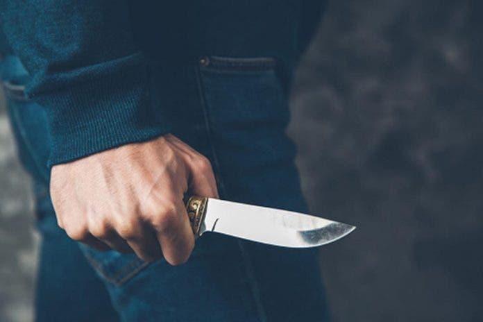 Adolescente asesina a su padrastro cuando intentaba violar a su hermanita