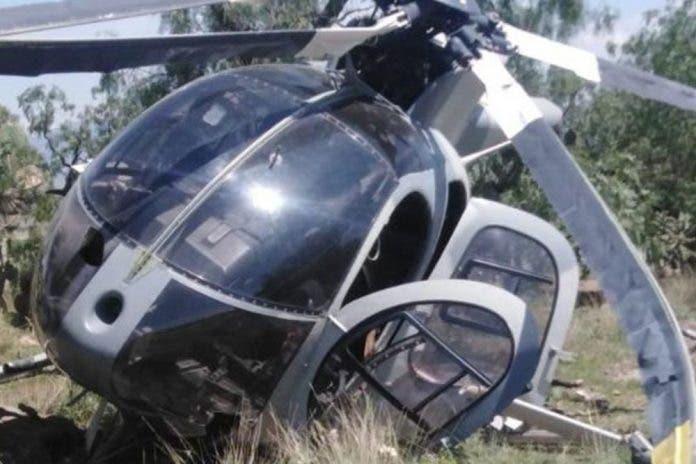 Se desploma helicóptero de la Fuerza Aérea Mexicana en Santa Lucía
