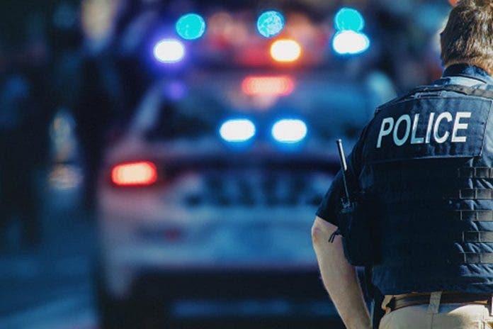 Encuentran cadáver atorado entre la maleza; estaba baleado