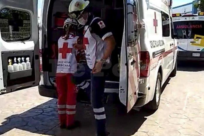 Video- Balean a sujeto y pide ayuda a los bomberos en Cancún