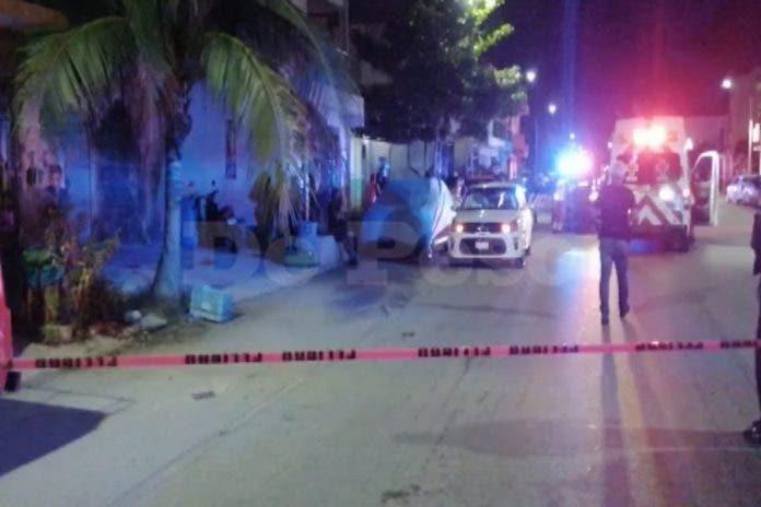 Hombres armados ejecuta a sujeto en avenida de Playa Del Carmen