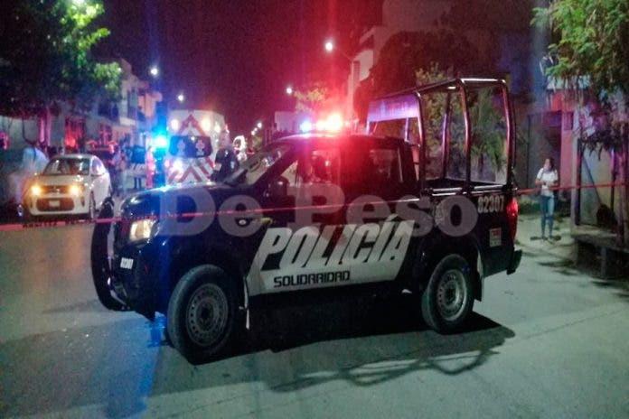 hombres ejecutan taxista
