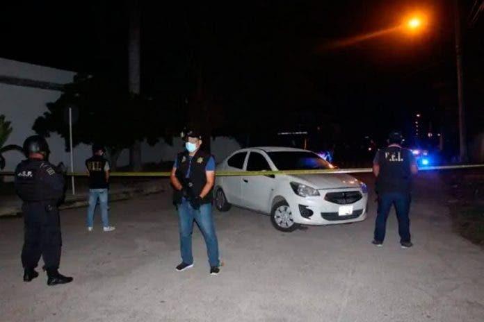 Policía compañero operativo