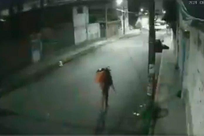 Vecinos ladrón robar auto