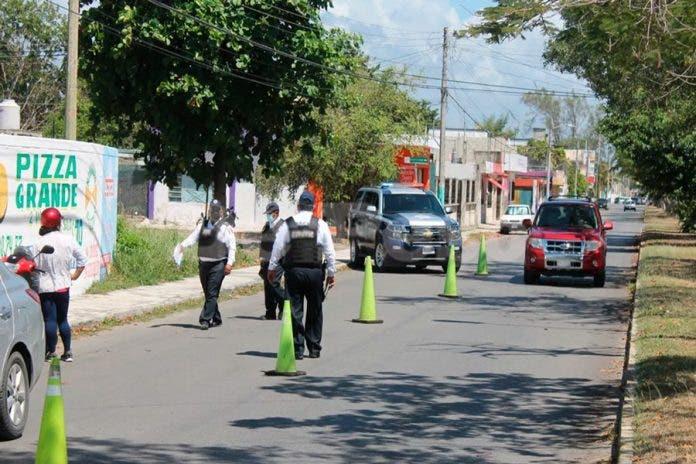 Quieren que Tránsito detenga a choferes de Uber en Cancún