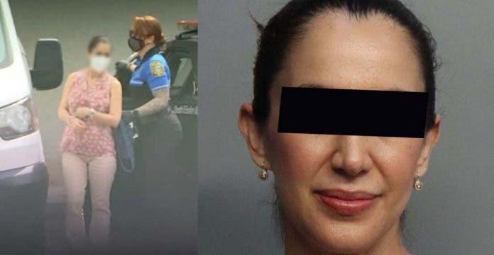 Maestra arrestada