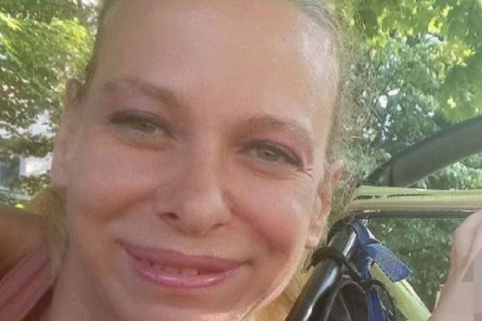Tras perder la custodia madre mata a su bebé italia