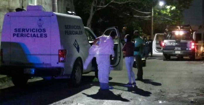 Menores encuentran muerto papá Cancún